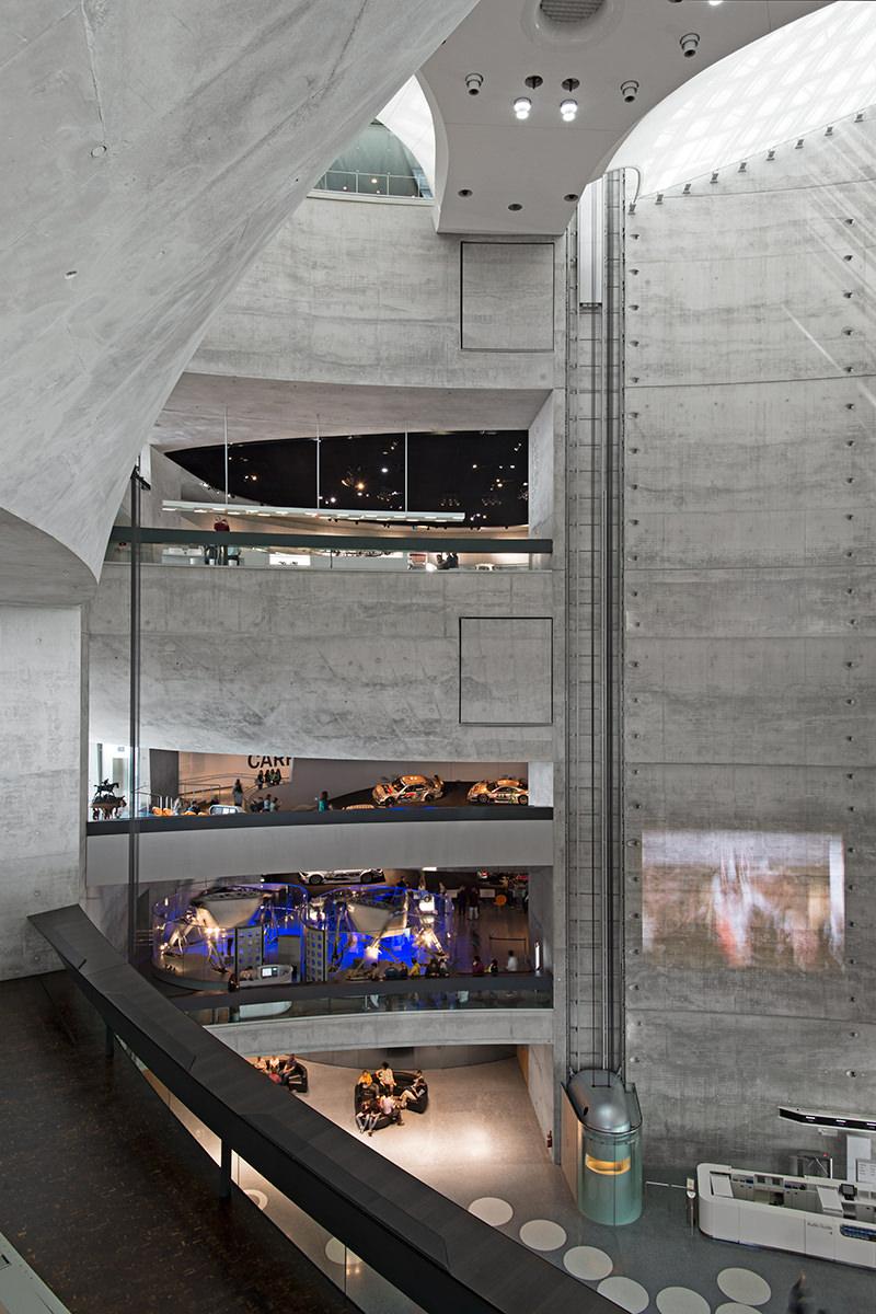 Mercedes-Benz Museum – NIELS SCHUBERT FOTOGRAF   BFF
